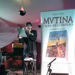 """Gallery - Il romanzo """"Mvtina, l'alba dell'Impero"""" di Gabriele Sorrentino a Mvtina Boica 2017 Modena, Parco Ferrari, 7-9 settembre 2017 (Foto AA.VV.)"""